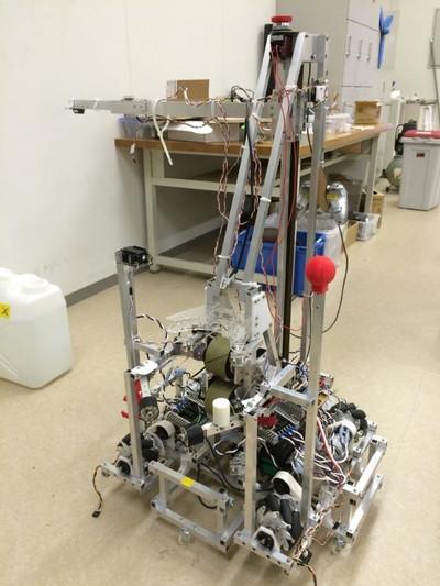 Hybridrobot01